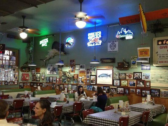 8 best baker 39 s crust fan photos images on pinterest for Flying fish dallas