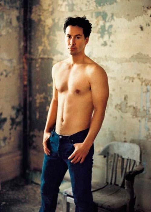 Keanu Reeves Height Weight Body Statistics | Filmstars ...