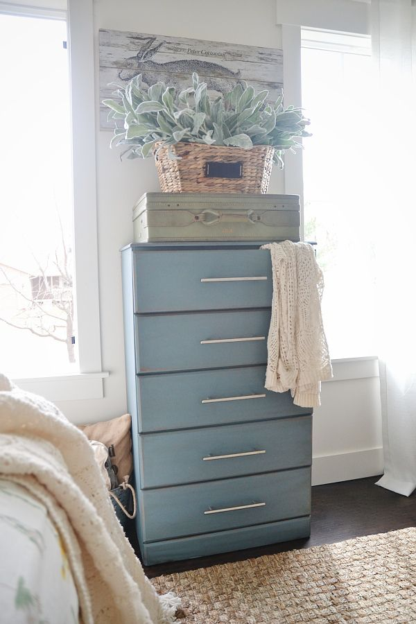 french blue dresser makeover blogger home projects we love blue rh pinterest com