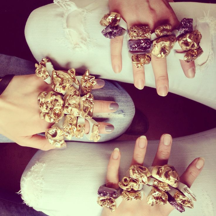 Porcelain with gold!