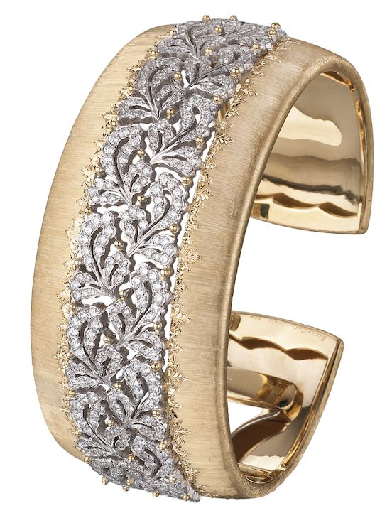Buccellati Dream Cuff Bracelet in yellow and white gold with sapphire and diamonds ~ Colette Le Mason @}-,-;---