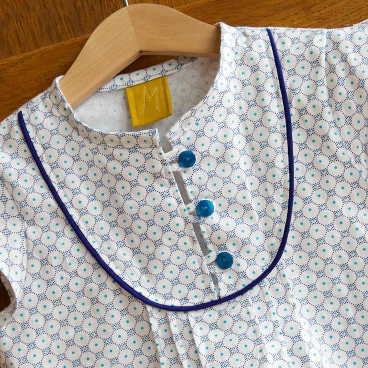 The Mara blouse by Compagnie M. is a feminine blouse for girls with a touch of vintage. With several sleeve & dress options the perfect pattern for endless sewing fun! The pattern includes: Sizes: 1y, 18 months, 2y, 3y, 4y, 5y, 6y, 7y, 8y, 9y, 10y Five sleeve options: butterfly sleeves, flutter sleeves, long sleeves, sleeveless and you can even combine the flutter sleeve and the long sleeve. Two tutorials to adjust the pattern to a dress: A-line dress and gathered skirt dress. You can also…