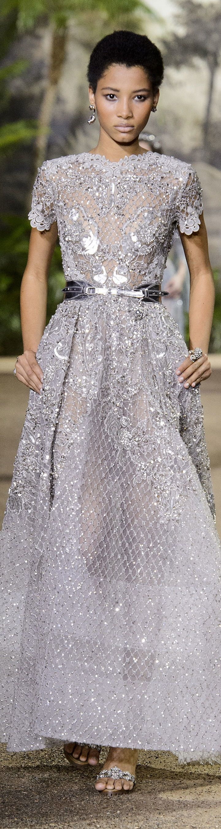 34 best elie saab haute couture images on pinterest high for Haute couture boutique