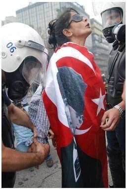 Taksim Gezi Park Protest #occupy #photograph #fotoğraf #Istanbul #Ankara #Izmir #Turkey