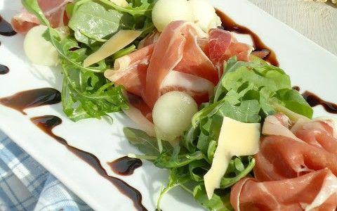 Salade met meloen  ham - Uit Paulines Keuken - voedselzandloper