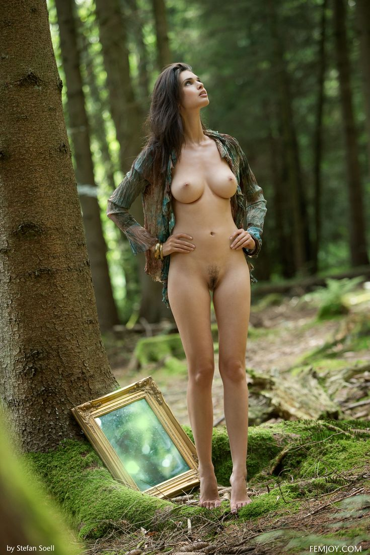 the-girls-of-supernatural-naked-renee-zellwigger-nude