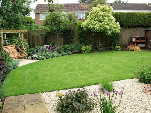 8 günstige Ideen, die deinen Garten sofort verschönern