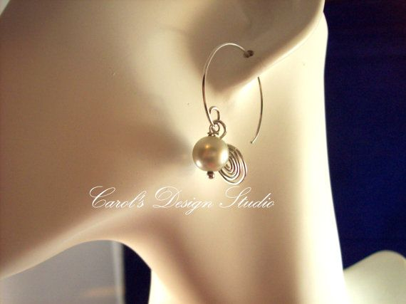 Beautiful Crystal Pearl Earring made with all Argentium Seaerling Silver. #etsy #handmade #design #gifts