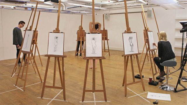 Art Class Advertising Reinvented: A Stop Motion Video Using Stills Taken from a Life Drawing Course
