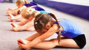 Веселая и увлекательная развивающая акробатика для детей!