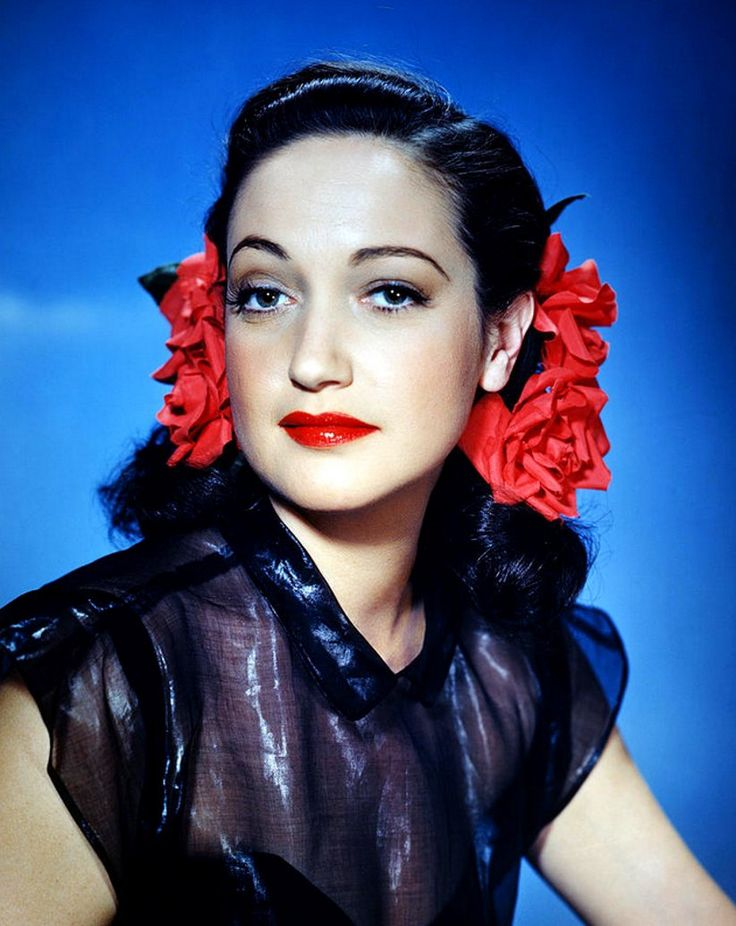 Actress Dorothy Lamour (1914-1996). #vintage #1940s
