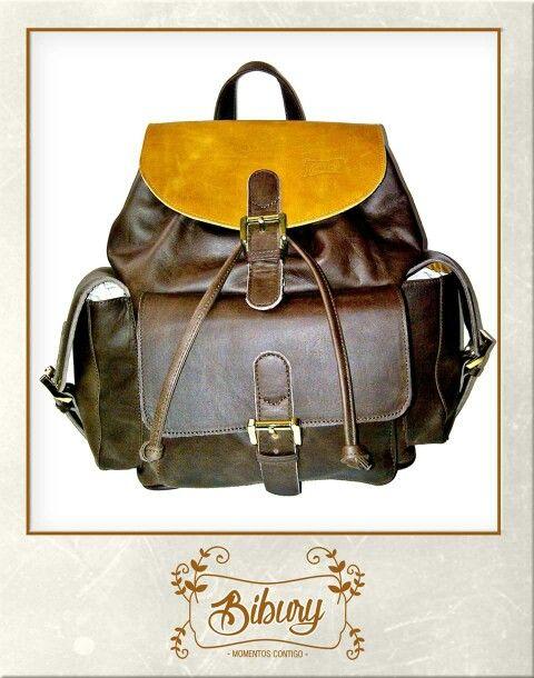 Backpack combinación café -miel.