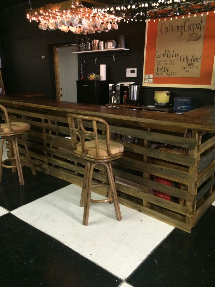Coffee Bar Made Out Of Pallets 12ft Long Seats Up To 9