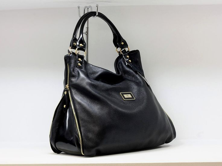 "Suveran bags & more - Administration - Product <small><small>[ Edit ]</small></small> <span style=""color: #666666; font-size: large;""><a href=""http://www.posetepiele.ro/index.php?option=com_virtuemart&view=productdetails&virtuemart_product_id=4828"" target=""_blank"" >Geanta fashion D59 (Geanta fashion D59)<span class=""vm2-modallink""></span></a></span>"