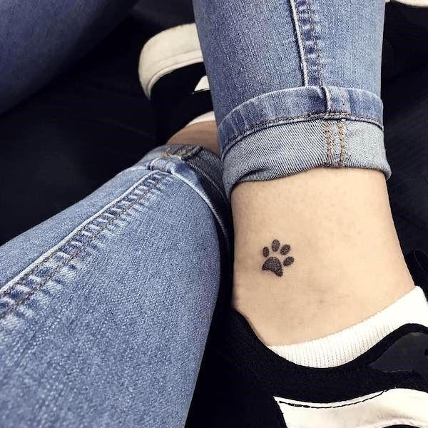 Ankle Tattoo Ideas Ideas Ankle Ankletattoo Cooltattoo Dogtattoo Feathertattoo Idea Tatuajes Huellas De Perro Tattoo Huellas Tatuaje Pequeno Tobillo