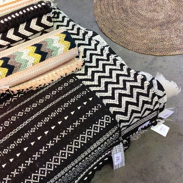 Tikau on nyt Design Marketilla Kaapelitehtaalla! Tervetuloa tekemään löytöjä!    #designmarket #kaapelitehdas #designmarket2017 #tikau