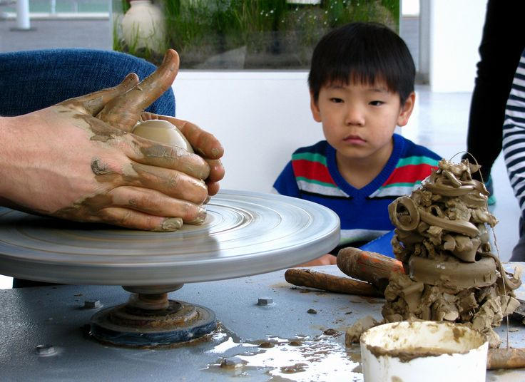 ceramic artist at work #3 / josephsivilli.com