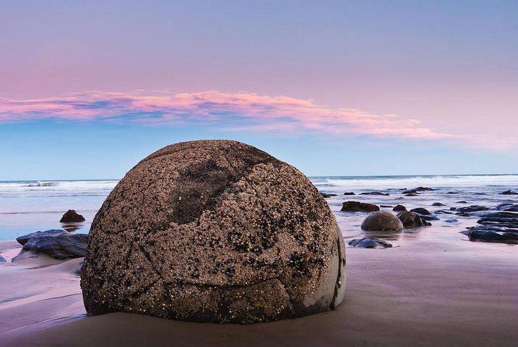 The Mysterious Moeraki Boulders ~ Kuriositas