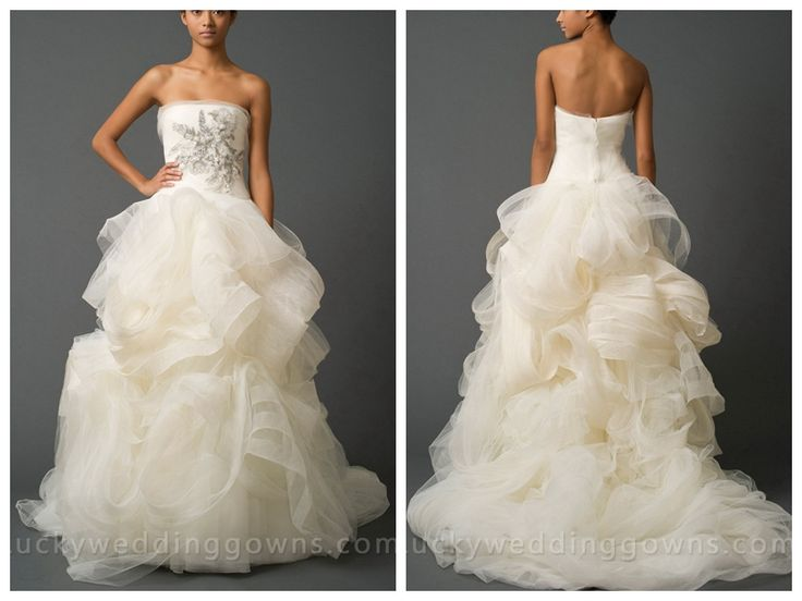 Elegant Luxury Ivory Soft Ball Gown Wedding Dress