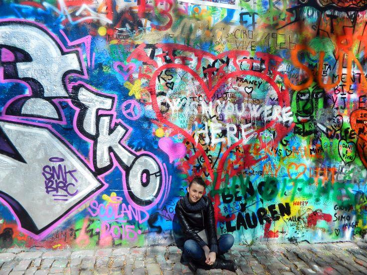 Wall John Lennon