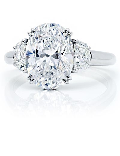 4.04 carat Oval diamond ring
