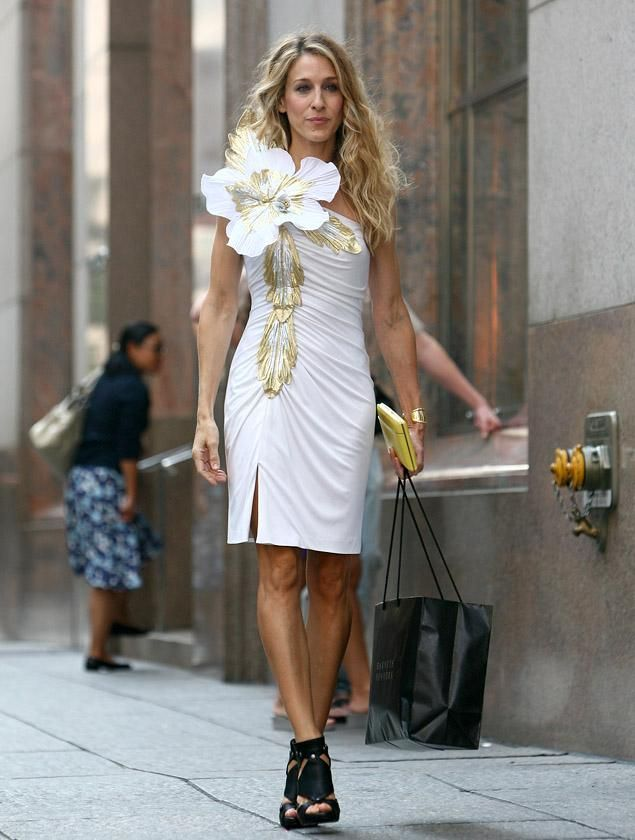 Sarah Jessica Parker at her most glamorous as Carrie Bradshaw in 'Sex and  the City