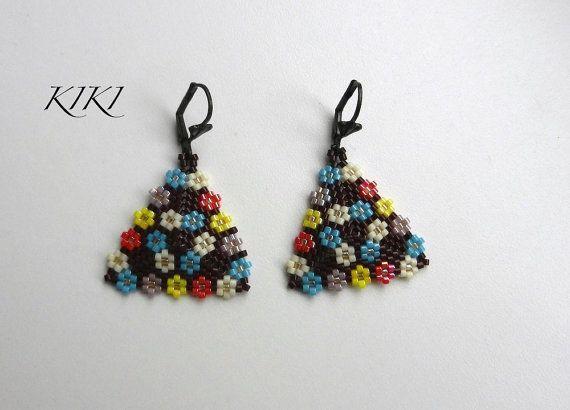Flowery Peyote Triangle Earrings by BeadedByKiKi on Etsy