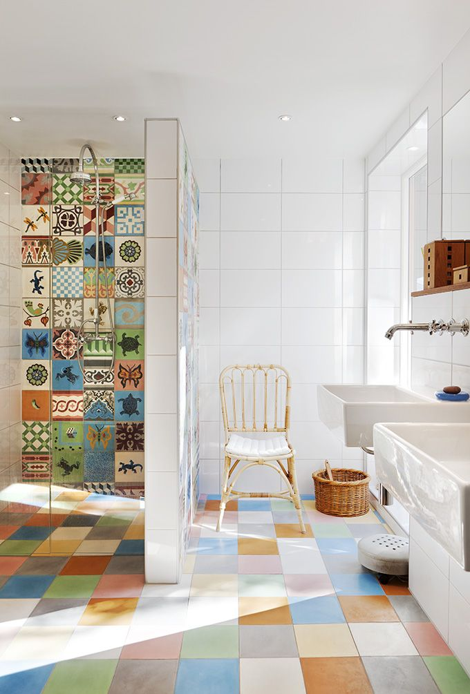 love the wall tiles