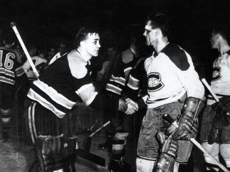 Maurice Richard shaking hands with Sugar Jim Henry... that was hockey!