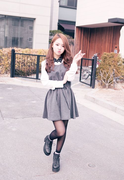 Korean fashion - white blouse with black polka dot collar, grey dress, stockings and black boots