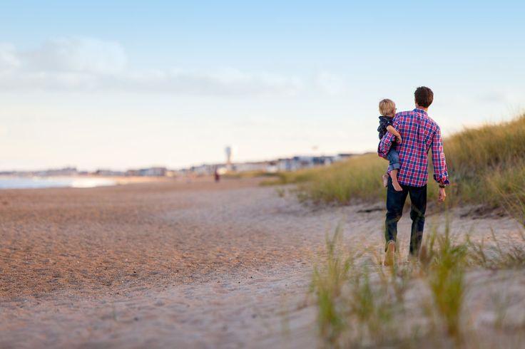 Elke zomervakantie gebeurt het weer; ouders die alleen met een minderjarig kind reizen en zich op het vliegveld pas realiseren dat ze hier toestemming van hun ex-partner voor nodig hebben. Op vlieg…