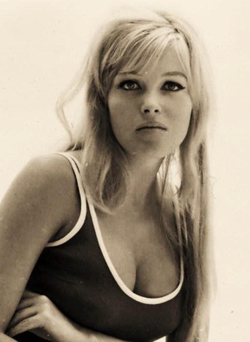 #1230 olga schoberova - czhec actress