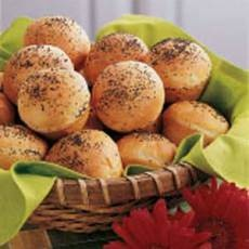 "Poppy Seed Rolls Recipe Recipe -- Hoping these are like the Poppy Seed Rolls served at ""Fatz Cafe"" -Yummy!  ;-)"