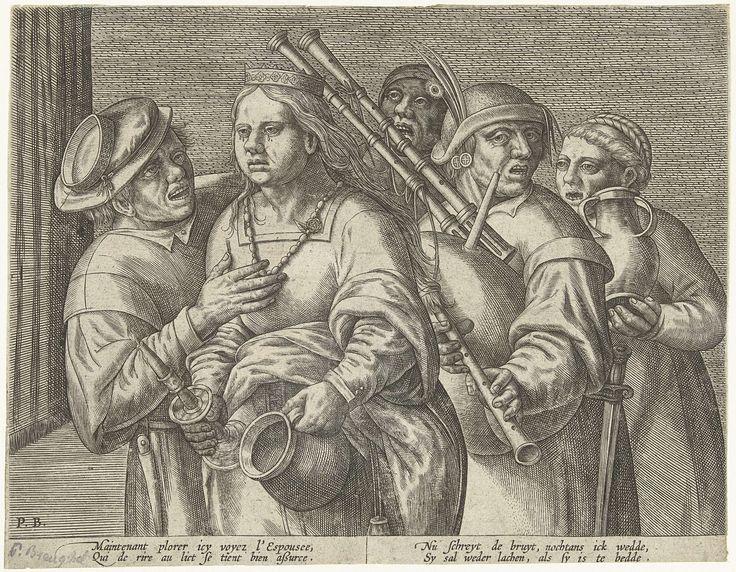 Pieter Balten | De avond van het huwelijk, Pieter Balten, 1540 - 1584 | Na het feest leidt de bruidegom zijn bange bruid naar bed. Beiden dragen kroontjes. De huilende bruid heeft een kandelaar en de nachtspiegel in haar handen. Een doedelzakspeler en andere gasten volgen hen. Onder de prent een vers van twee regels in het Frans en het Nederlands.