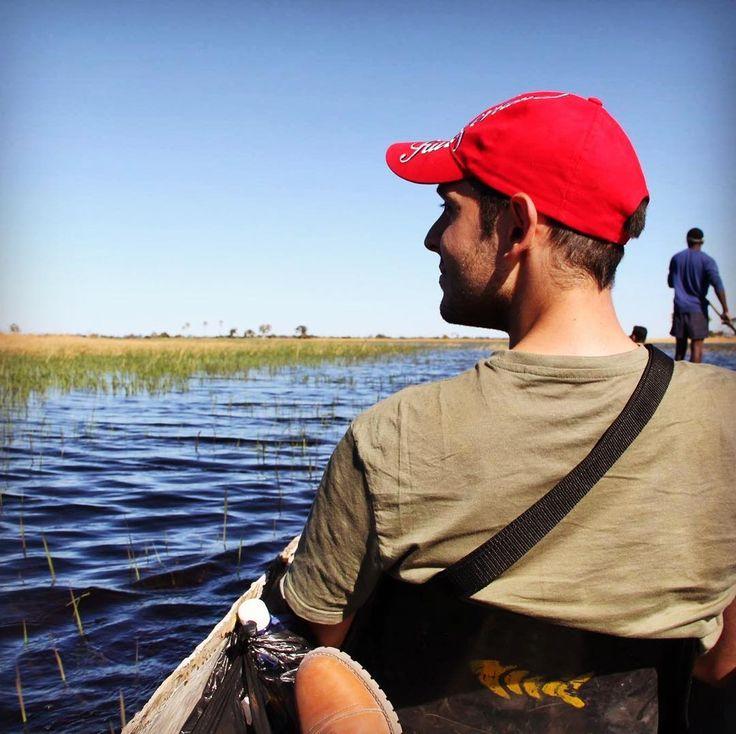 Delta del Okavango en Botswana. Una de la experiencias más particulares de toda la vida donde hipopótamos y cocodrilos son un peligro para los pobladores de la zona