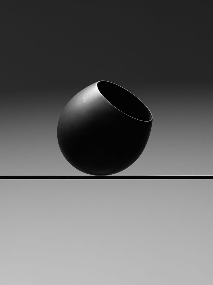 Belinda Winkler Balance Point Bronze Photography by Peter Whyte