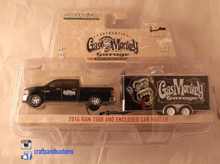 Greenlight Hitch & Tow Series 5 1/64 Gas Monkey Garage 2014 Dodge Ram and Enclosed Car Hauler