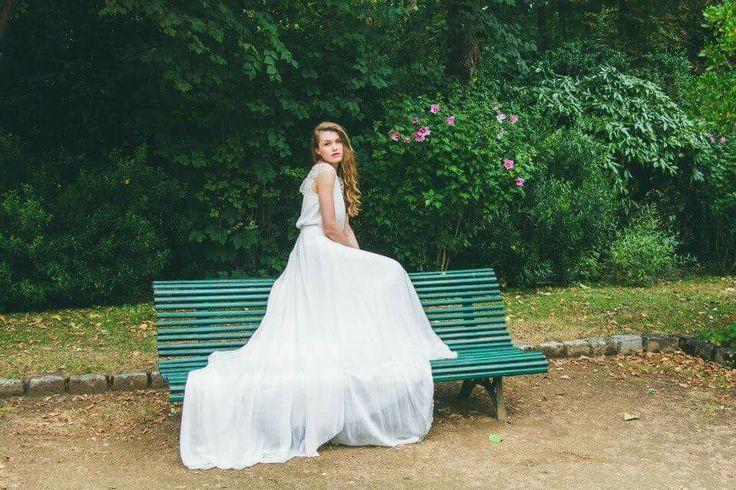 Collection 2016 Adeline Bauwin  Robes de mariée sur mesure #adelinebauwin #robedemariée #bride #bridetobe #lace #dentelle #dosnu #madeinfrance #faitmain