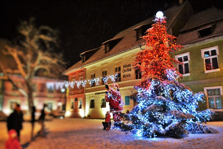 Christmas Markets in Transylvania 2015 http://www.touringromania.com/tours/long-tours/2015-fairy-tale-in-transylvania-3-christmas-markets-private-tour-6-nights-7-days.html