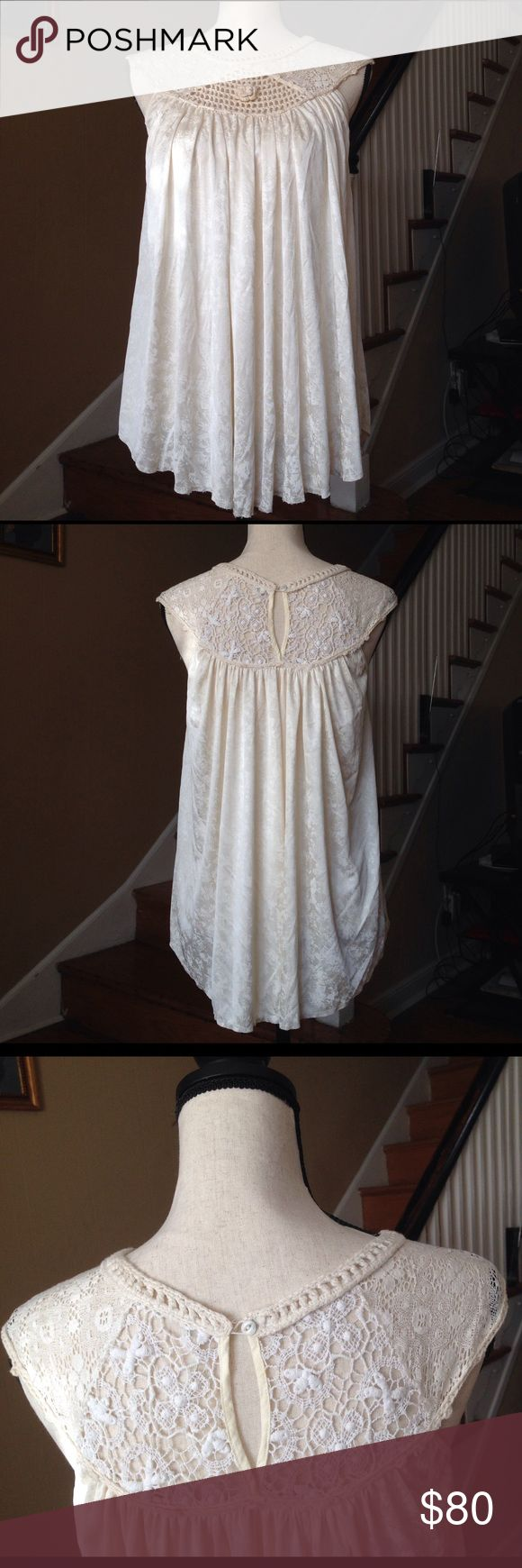 Free People Women's Top Crochet Sleeveless Size XS Free People top beige used condition,some signs of use and two stains at the front,Size XS. Free People Tops Tank Tops