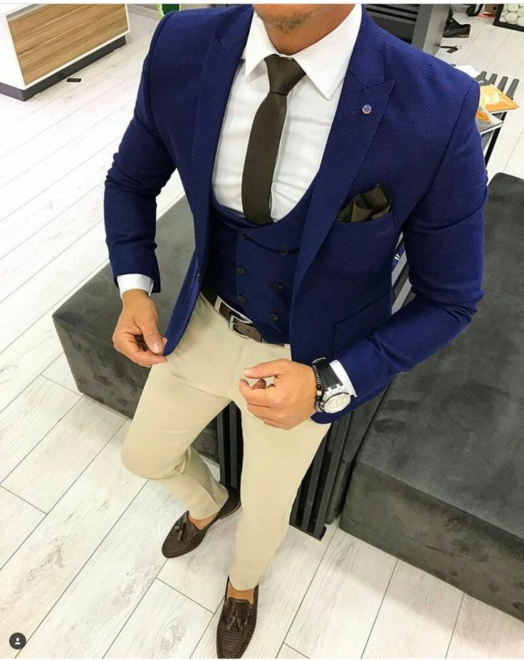 Cool n classy look and it's all about the Combination?