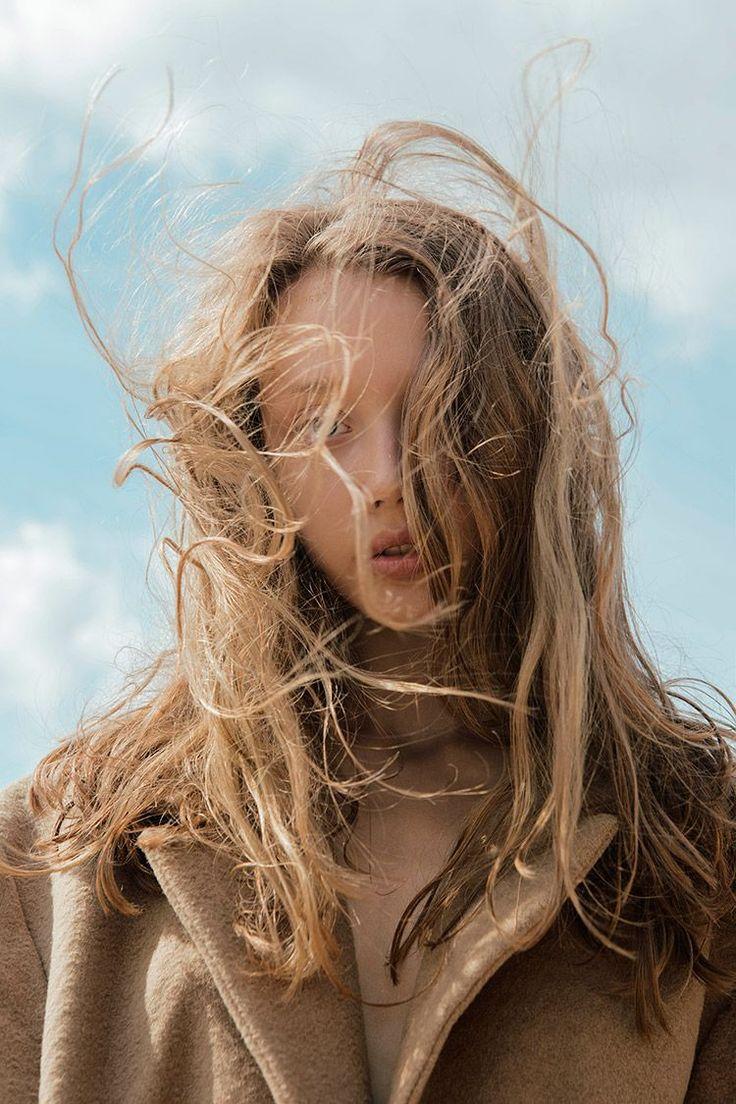 Photography Eleonora Drykina @elushha Model Maria Darts @Tann model management Apparel All Liza Odinokikh Oversize coat Semenski Merken