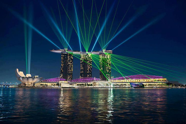 Musical Laser and Bubble Show @ Marina Bay Sands