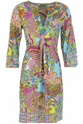 http://www.nathylicious.be/webshop/item/12280/collectie/Nieuw/merk/K-design/h830-jurk-met-bloemen-en-kralen-p374-k-design http://www.fashionchick.nl/merken/6404/k-design/