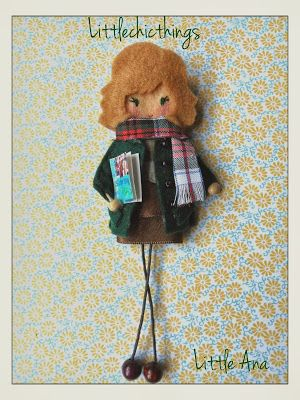 Little Chic Things Broches de Fieltro: Little personalizada - Personalised…