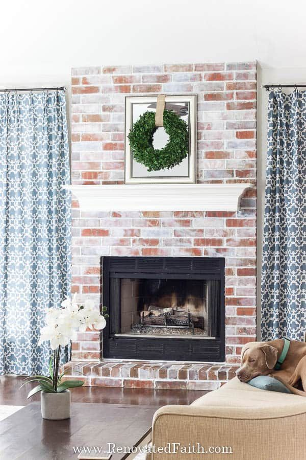 23 Gorgeous Brick Fireplace Ideas To Make You Fall In Love With Your Living Room Red Brick Fireplaces Brick Fireplace Brick Fireplace Makeover #red #brick #fireplace #living #room