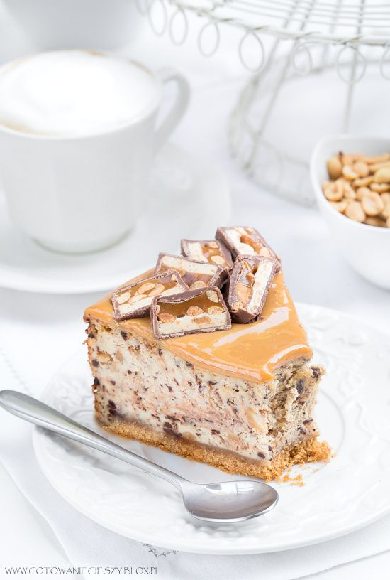 ... snickers cheesecake ...