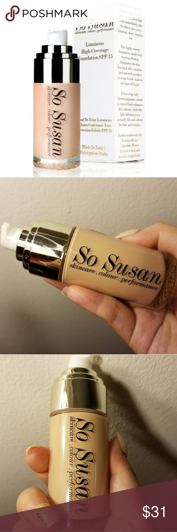 So Susan Luminous High-Coverage Foundation SPF 15 Brand new! Does not come with box**  Lightweight, smooth siliconic emulsion that melts immediately into the skin to give you a luminous, dewy complexion. This highly sensory foundation, made with Soybean Protein, illuminates the skin, leaving it silky, moisturized and with a perfect coverage to hide shadows and signs of fatigue. A dose of specially treated pigments coated in a pearl finish enhances skin radiance, while the light-diffusin mica…
