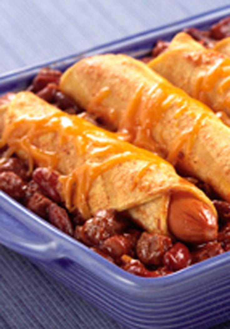 Chili Dog Cazuela - Esta receta es exactamente lo que usted piensa que es: una , la cazuela de queso fácil con perros calientes, chile y frijoles. Un clásico que ahora puede comer con un tenedor !