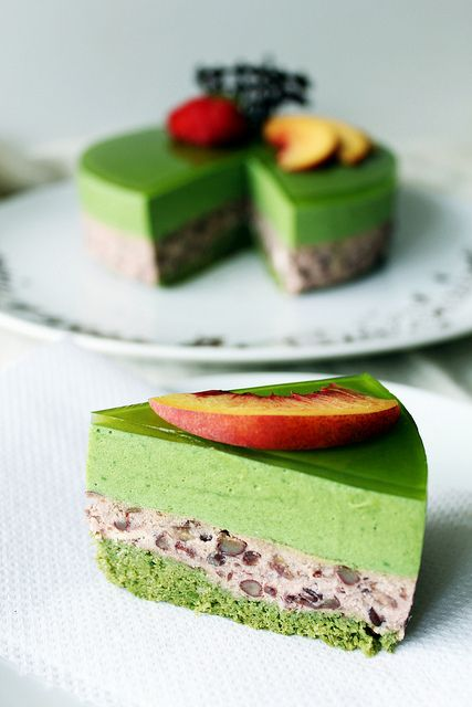 Recipe: Matcha Green Tea Génoise Sponge and Azuki Red Bean Mousse Cake